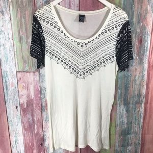 light weight patterned Top